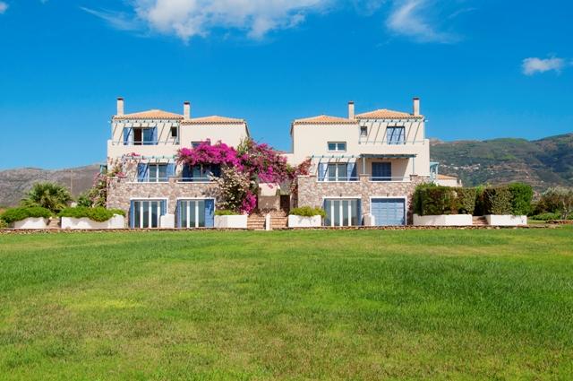 Neapoli beachfront villas